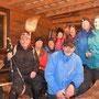 Teamfoto in der Gartenwirtschaft infolge unfreundlichem Gipfelwetter