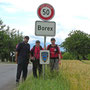Nach 5.30 Std. und 20 Kilometern erreichen wir Borex. Der Jurahöhenweg bleibt uns in unvergesslicher Erinnerung. Und irgendeinmal müssen wir ja dann noch wieder heimwandern...
