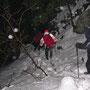 Seifige Schleuderpartie beim Abstieg durch die Stigelos