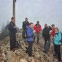 Gipfelwein nach dem Geissfluhaufstieg auf der Hasenmatt am Donnerstag, 5. April 2012