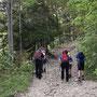 Start am Freitag Abend zur Kurzwanderung in die Schauenburg
