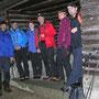 Wanderhalt bei der Waldhütte unterhalb der Buechmatt am Donnerstag, 27. Dezember 2012