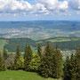 Weitblick vom Turm Richtung Delsberg
