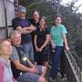 Gruppenbild beim Hüttli auf dem Schilt