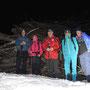 Windgeschützes Gruppenfoto beim Vorderen Hofbärgli