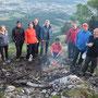"""Standesgemäss zu elft in """"Solothurner - Formation"""" auf dem Gipfelfoto"""