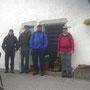 Start am Mittwoch Morgen im dichten Nebel in Les Rochat zur fünften Tagesetappe
