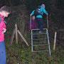 Feuerwehrtauglicher Abstieg von der Leiter: das Gesicht der Leiter zugewandt!