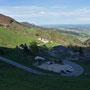 Schöner Ausblick in den Mittleren und Vorderen Balmberg hinunter