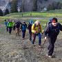 Nach dem Start sind wir nur kurze Zeit in schneefreiem Gelände