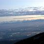 Blick zum Emmenspitz beim Aufstieg zu den Chambenflühen am Donnerstagabend, 28. Oktober 2010