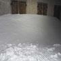 Gestern war Sturm da oben, es hat massive Schneeverwehungen