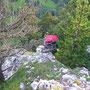 Sieht gefährlich aus die Abstiegstechnik von Wanderleiter Wadi am Schilt am 2. August 2012
