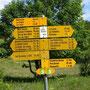 Der Jurahöhenweg mit der grünweissen Nummer 5 ist lückenlos gut markiert. Eine Wanderkarte ist fast nicht nötig