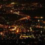 Blick auf das wunderbare Lichtermeer von Solothurn. Vorne in der Mitte die St. Ursenkathedrale
