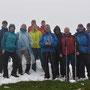 Gruppenbild auf der Stallfluh im Nebel