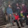 Gruppenbild im dichten Nebel- Es war fast unmöglich die Kamera mittig auszurichten.