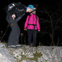 Vorsichtiger Abstieg der Wanderleitung vom Gipfel