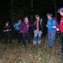 Infolge des hohen Wandertempos war die Gruppe froh, dass die Wanderleitung ab und zu die Karte konsultieren musste