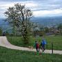 Kurz vor dem Berghaus Roggen mit Alpensicht