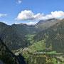 Blick zurück beim Aufstieg in die hinterste Ecke eines Blenio-Seitentals