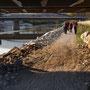 auf dem Rückweg unter der Eisenbahnbrücke in Luterbach