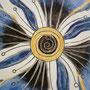 Schale mit Engobemalerei und Ritztechnik, Blaue Blüte, Detail, 2012, Durchmesser ca. 40 cm