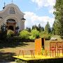Standesamtliche Trauung mit Blick auf die Kapelle