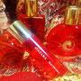 赤色は「情熱」「肉体」の意味を持つ、第1チャクラの色です
