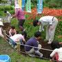 芦花公園で花壇作り