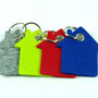 Schlüsselanhänger als Haus in grau, grün, rot, blau mit Schlüsselring Individualisierbar von biasto-laserdesign