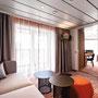 Horizont Suite Wohnbereich/ Schlafbereich 2 | © TUI Cruises