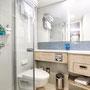 Familienkabine Außen Badezimmer | © TUI Cruises