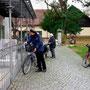 """Fahrradtour zu den Freimanner Schulen im Rahmen der Ausstellung """"150 Jahre Freimanner Schulen"""" des Mohr-Villa-Stadtteilarchivs - 14.11.2014"""