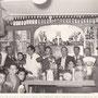 1955 - Inaugurazione del Generi Alimentari De Carlo, in via Roma,8. Tra gli altri si riconoscono,il piccolo Vincenzo De Carlo, suo padre, Viscardi, Forciniti, Bomparola (quest'ultimo aveva un negozio di frutta e verdura appena dopo il negozio di De Carlo)