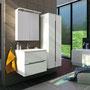 Waschplatz Sivas 60 (SL 1060), LED-Spiegelschrank 60 (SL 6000) und Hängeschrank 50 (SL 1250), Front und Korpus weiß glänzend  lackiert