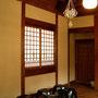 太めの藁で作ったHimmeliは、日本の伝統的な造りの空間にも似合っていました。