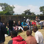 """""""Richtfest"""" und Zukunftsplanung der """"Sanya Hoye Primary School"""" (Ende August 2015)"""