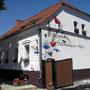 Hotel Pension Hönower Hof Fassadenmalerei Kunst  mit Werbefunktion