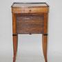 Nachttisch, um 1820