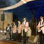 THE GARDENIAS in Club 99, Bremen (mei 1964) vlnr: Jan Patty, Ferdy Minderman, Harold de Groot,Han Averbeek, Louis Nol (fotocollectie: Jan Patty)