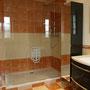 la salle de bain du rez-de-chaussée