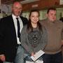 Sportfahrerehrung: Nadja Hauber mit Peter Altrichter (1. Vorstand) und Johann Obrock (Sportleiter)