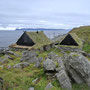 Auchhier findet man noch restaurierte Grashäuser