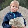 ...meint Alex aus Immenhausen und präsentiert uns seinen Stein mit 2 Ceratiten..