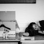 Dreharbeiten können ganz schön anstrengend sein. Gut, wenn man zwischendurch mal ein Päuschen einlegen kann...  © Laion.de