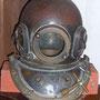 潜水ヘルメット