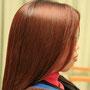ヘナパック直後から、髪に艶とボリュームが生まれます。