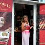Unsere Fachberaterin an diesem Abend: Heidi Demm von Arnold André - The Cigar Company