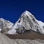 Khangri (6789 m) und Pumori (7145 m)